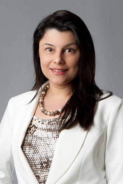 Doutora Renata Franco Carrara Tavares