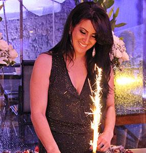 Carmen Steffens sedia aniversário da empresária Jeane Araújo